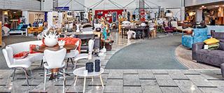 eingangsbereich mit blick auf boutique bei mobel rivo in achern fautenbach